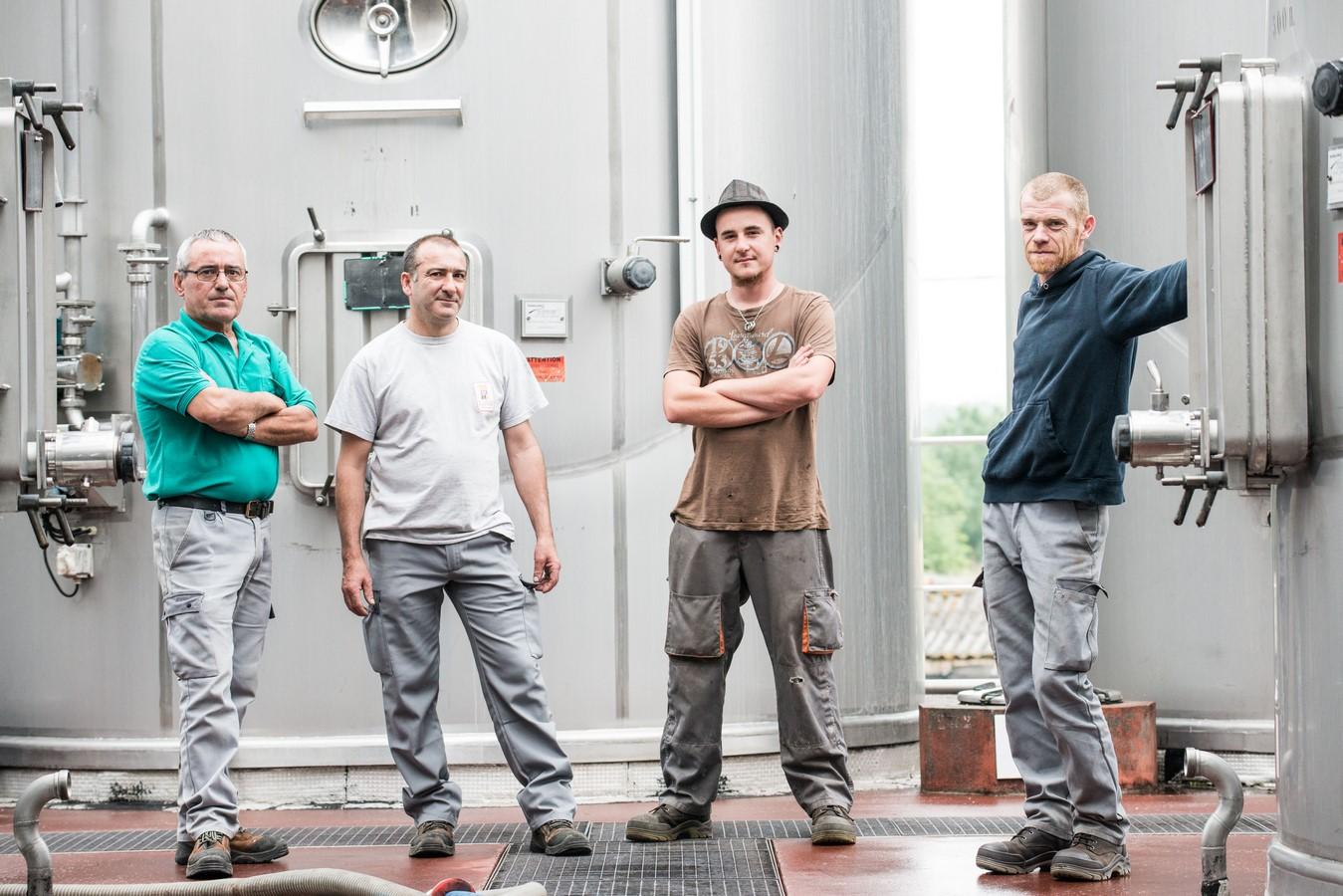 Ouvriers de chai Alliance Aquitaine